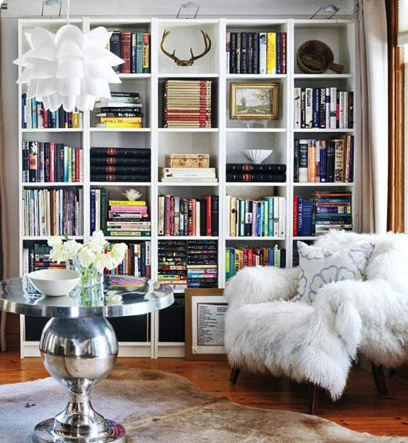 Modern Wall Decorating With Invisible Book Shelves
