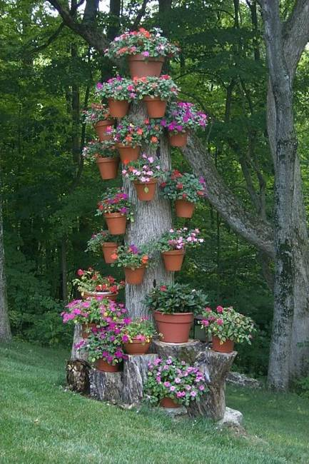 60 Impressive Stumpery Garden Decorations Creative And