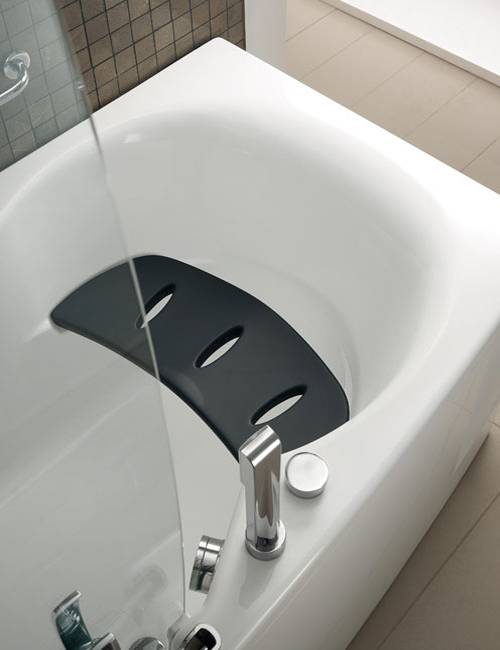 Stylish Bathtubs And Shower Enclosures Modern Bathroom