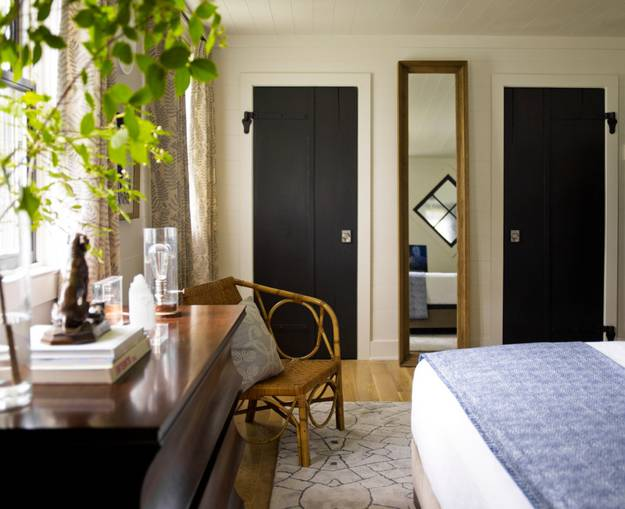 black paint and decorating ideas for doors
