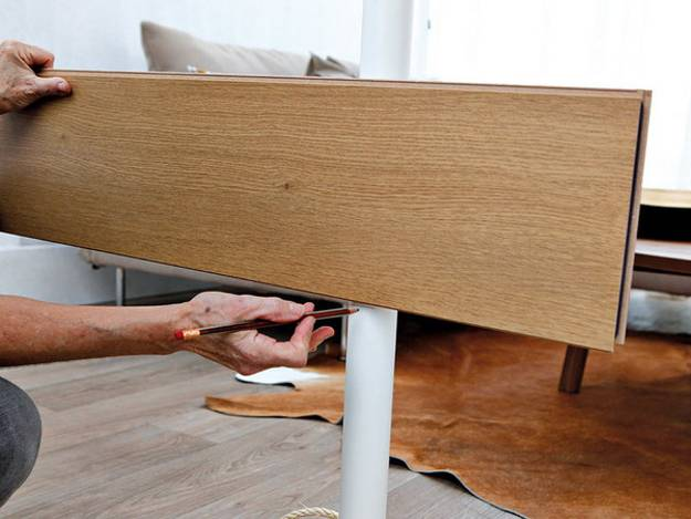 Recycling Wood Floor Pieces For Diy Room Dividers And Wall