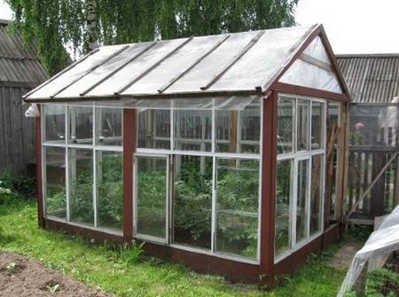 Glass recycling for greenhouse designs garden houses for Garden greenhouse designs