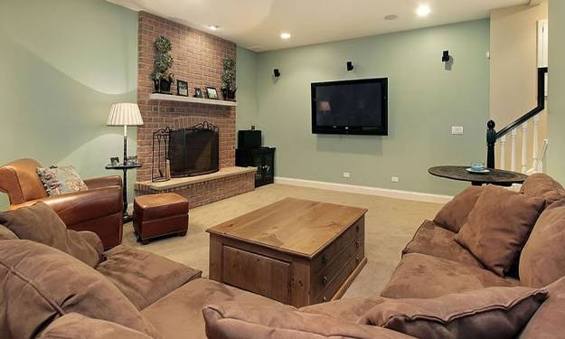 30 multifunctional and modern living room designs with tv for Furniture arrangement small living room with fireplace