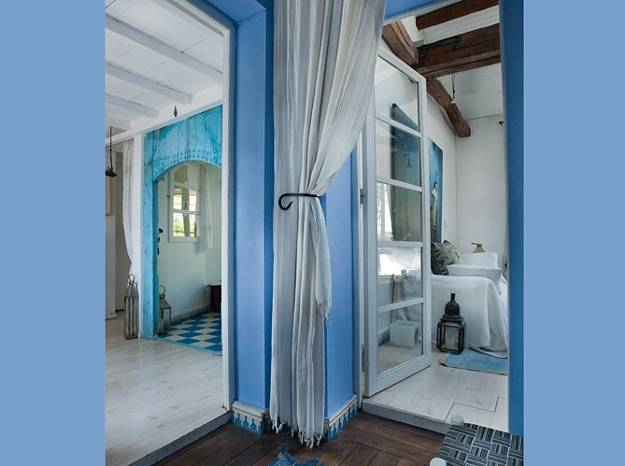 Interior Design Home Decorating Ideas: Moroccan Decor And Blue Color Bring Cool Moroccan Style