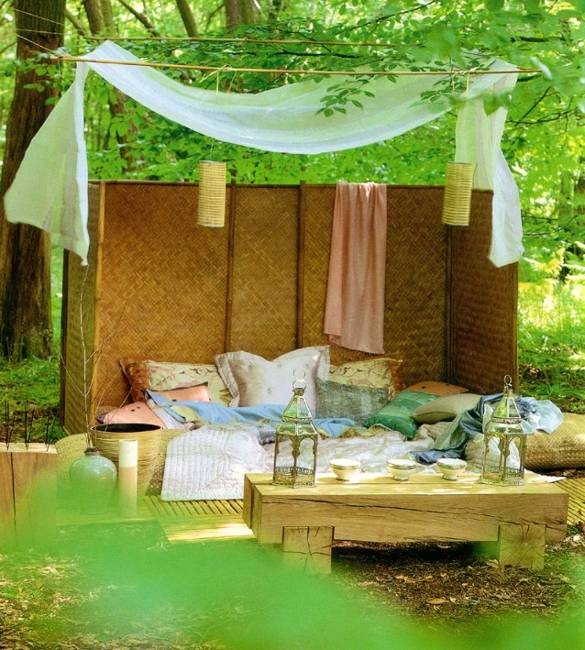 25 DIY Outdoor Bed Ideas, Summer Decorating with Spa Beds ...