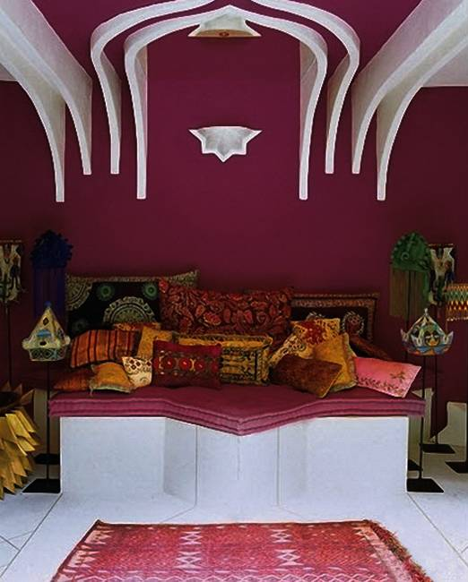 https://www.lushome.com/wp-content/uploads/2014/07/outdoor-rooms-decorating-moroccan-style-backyard-ideas-1.jpg