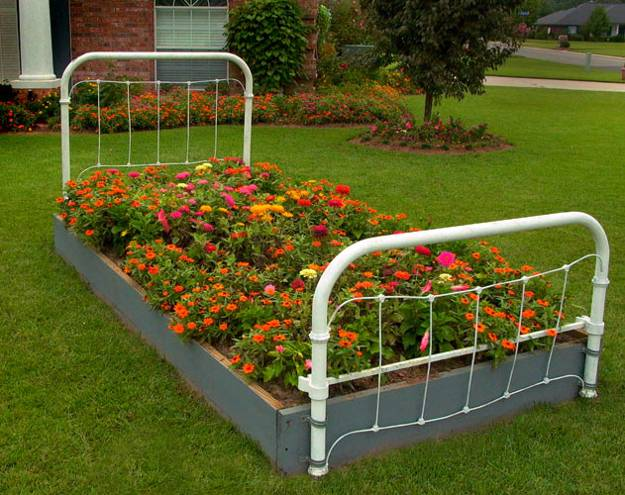 Recycling Metal Bed Frames for Flower Beds, 20 Creative ... on Flower Bed Ideas Backyard id=84357