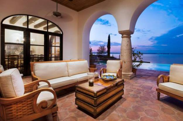 Outdoor Living Es In Spanish Style Ceramic Tile Patio With Gallery Arches
