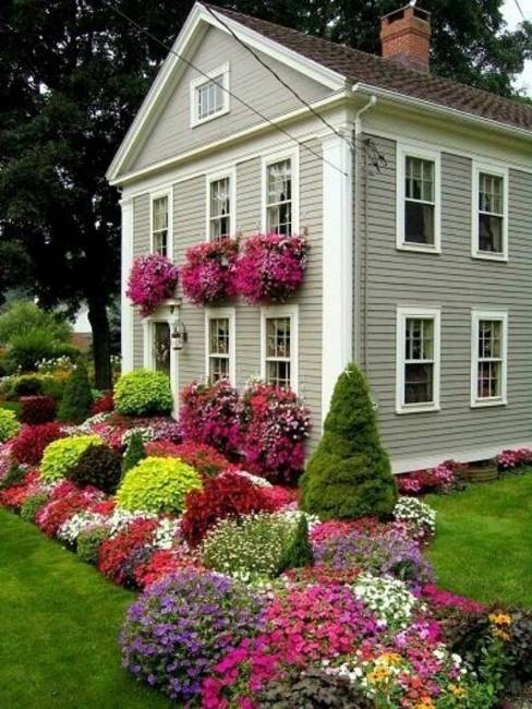 20 Inspiring House Exteriors and Ideas for Summer Decorating ...