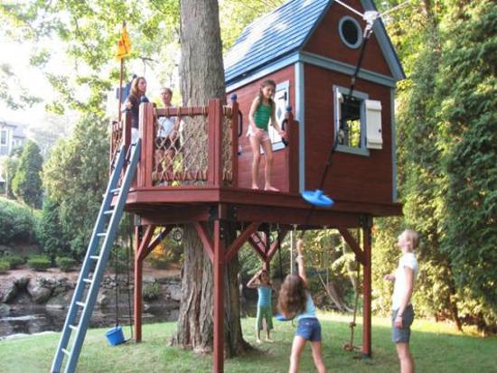 Salvaged Wood Treehouse Green Building Idea