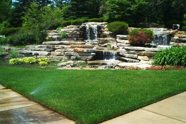 20 Spectacular Backyard Ideas, Waterfalls that Top Off ...