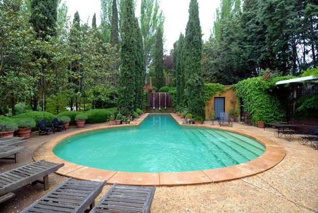 20 unique outdoor swimming pool design ideas inspiring for Swimming pool design utah