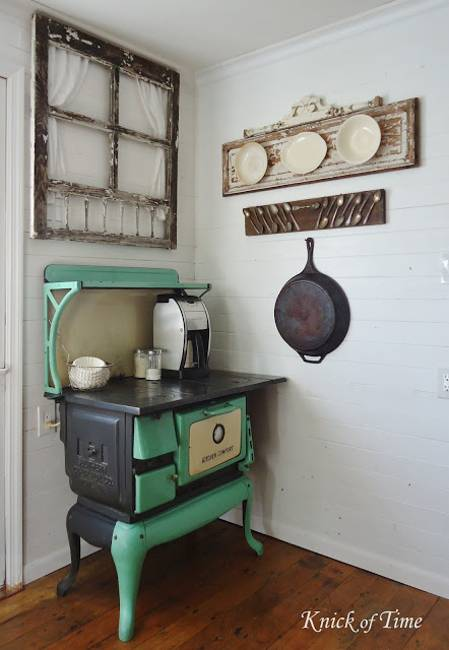 Ways To Reuse And Recycle Old Kitchen Stoves For Home