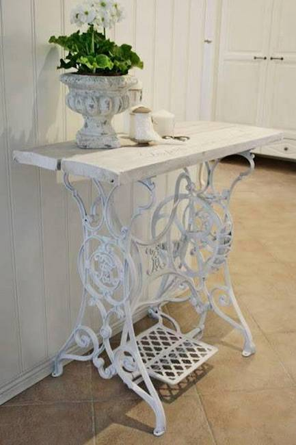22 Reuse And Recycle Ideas To Create Small Tables With