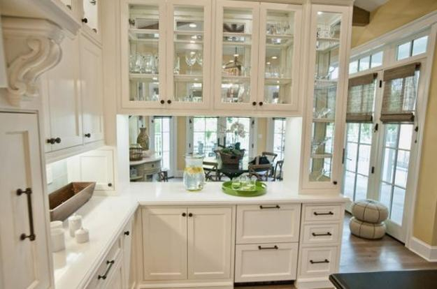 Decorating with Glass Cabinets Doors Brings Light into ...