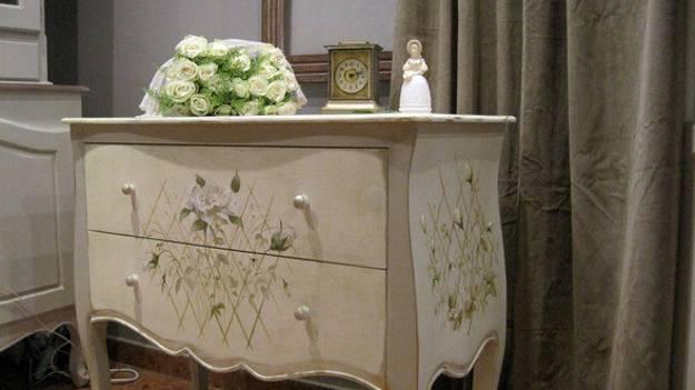 Elegant Vintage Furniture Painting Ideas