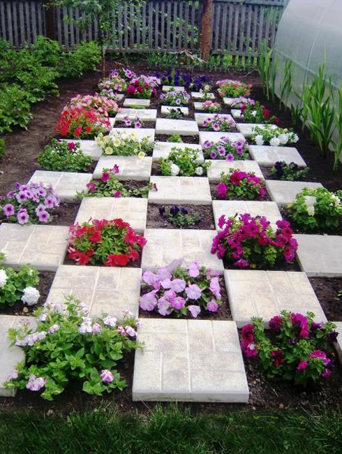 Creative Landscaping Ideas With Colorful Petunias