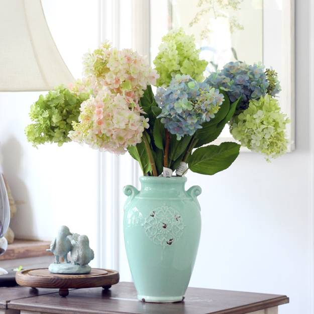 25 Hydrangea Flower Arrangements For Interior Decorating