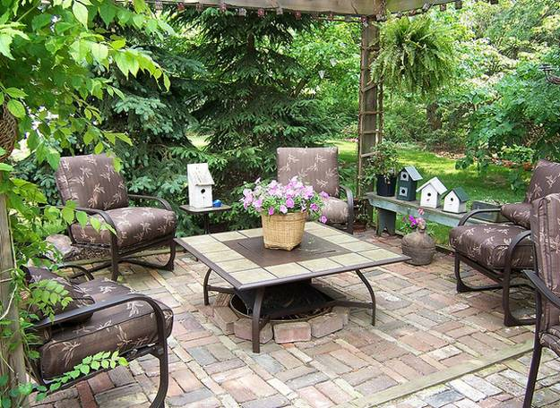 Outdoor Furniture And Patio Ideas For Small Es