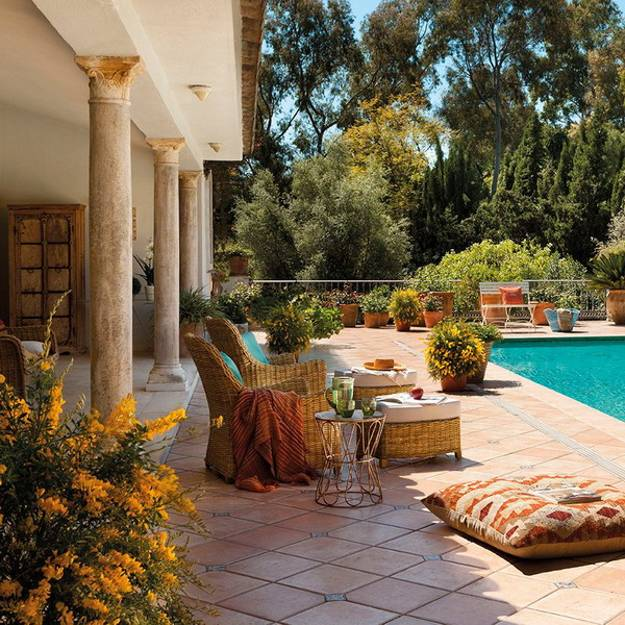 home decorating ideas for outdoor rooms in mediterranean style