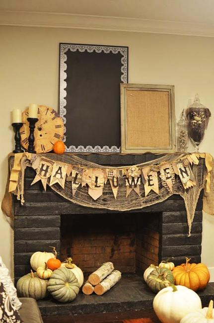 15 cheap ideas for family friendly halloween decorating. Black Bedroom Furniture Sets. Home Design Ideas