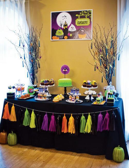 Halloween Decorations Ideas For Party.25 Halloween Decorating Ideas Using Purple Colors