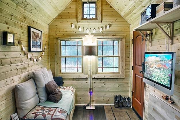 Small House Hand Built With Wood, Simple Interior Design For Small Spaces