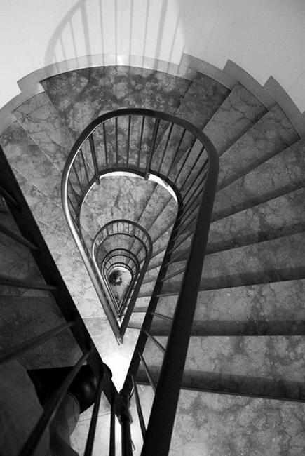 pictures of spiral stairs