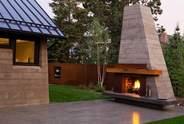 25 Beautiful Outdoor Fireplaces Staging Homes For Comfort