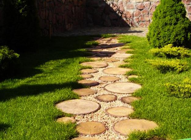 22 Ideas for MIxing Materials to Create Beautiful Yard ...