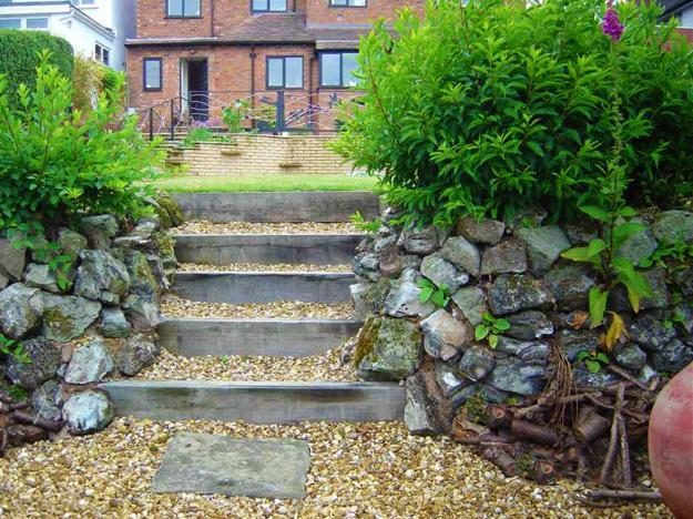 22 ideas for mixing materials to create beautiful yard landscaping and garden paths