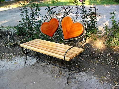 Awe Inspiring 20 Creative Garden Benches Inspiring New Ideas For Garden Design Creativecarmelina Interior Chair Design Creativecarmelinacom