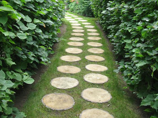 30 Green Design Ideas For Beautiful Wooden Garden Paths