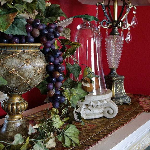 dining room decorating for fall holidays
