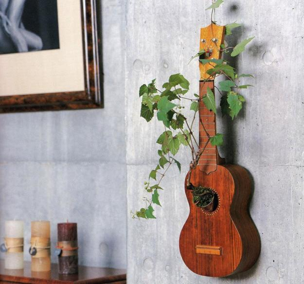 reclaimed wood in design and home decorating