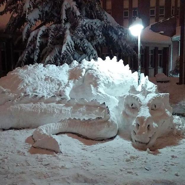 Snow Sculptures Creating Fun Outdoor Decorations In Winter