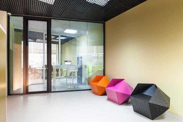 Contemporary Office Design For Colorful Office Chairs In Geometric Shapes European Office Design Ideas Creative Elements And Bright Interior