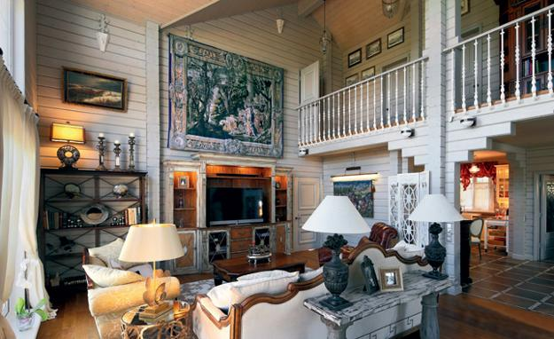 Country Home Decorating In Vintage Style, Wall Tapestry, Vintage Furniture  With Carved Wood Details