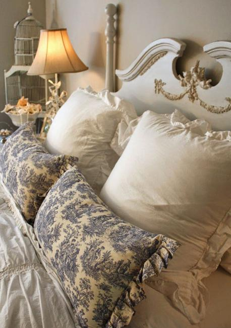 modern bedroom designs with vintage furniture in french style