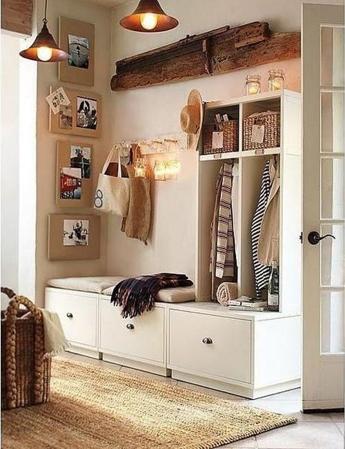 22 modern entryway ideas for well organized small spaces for Foyer decorating ideas small space