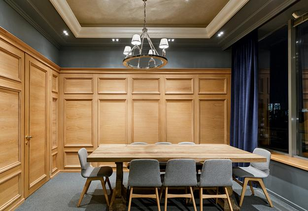 Classic Interior Design And Modern Office Furniture