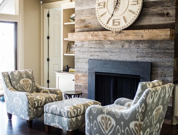 modern interior design and decorating with reclaimed wood