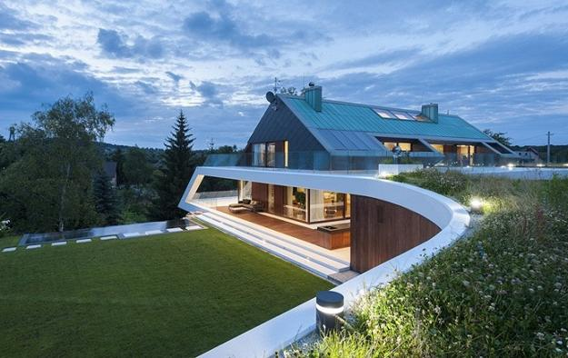 Original Modern House Design Turning Complex Terrain into Dynamic Form