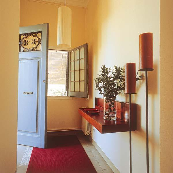 Home Staging Tips For Small Entryway Storage And Organization Impressive Cheap Entryway Furniture Property