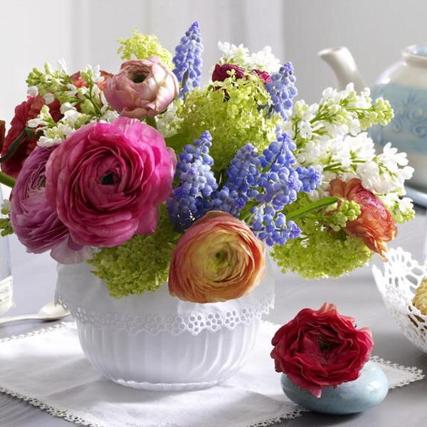 20 beautiful ideas for spring decorating with flowers mightylinksfo