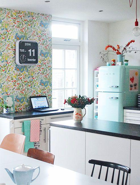 25 ideas for spring decorating with flowers on walls - Decorating walls with pictures ...