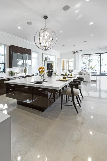 20 Beautiful Kitchens With White Cabinets And Modern Kitchen