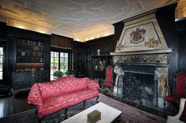 Magnificent Architecture And Beautiful Interior Design Vintage Castles