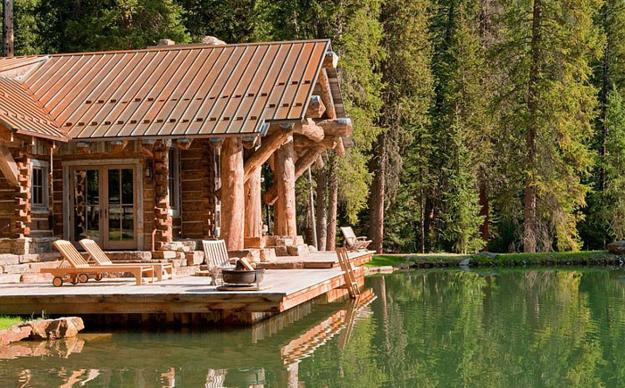 Idyllic Lakefront Country House, Beautiful Log Homes Designs