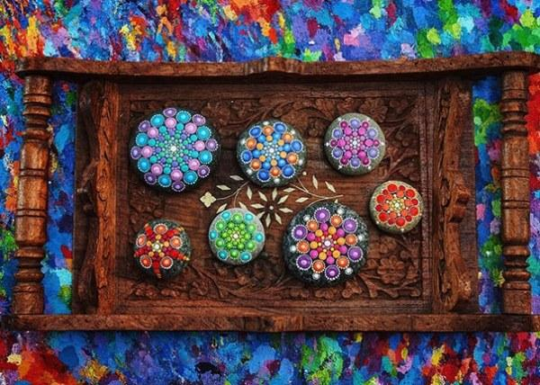 Intricate Art Of Mandala Stones Colorful Rockpainting Ideas